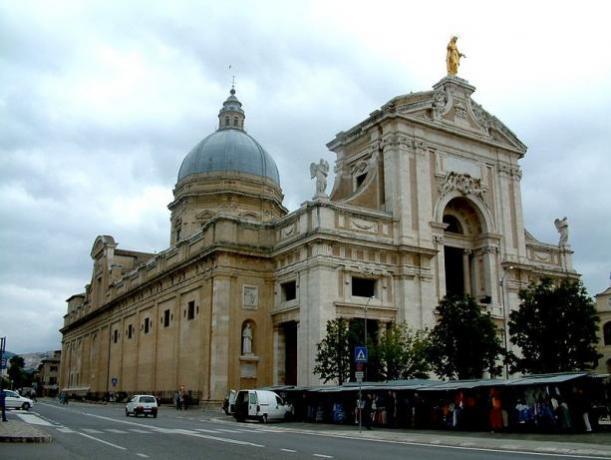 Basilica 5min a piedi dall'hotel3stelle