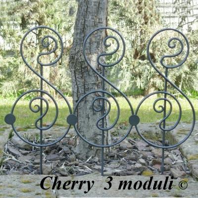 Recinzioni ferro battuto aiuole fatte a mano produzione e vendita decori per giardini in ferro - Decorazioni per giardini ...