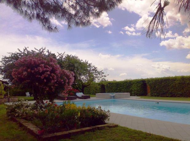 Agriturismo a Mantova con piscina idromassaggio