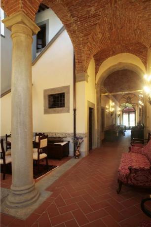 Ingresso villa vacanze gruppi Arezzo