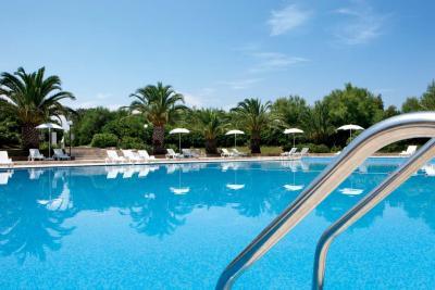 Campeggio, casette, miniclub, piscina e ristorante in Salento vicino Ostuni