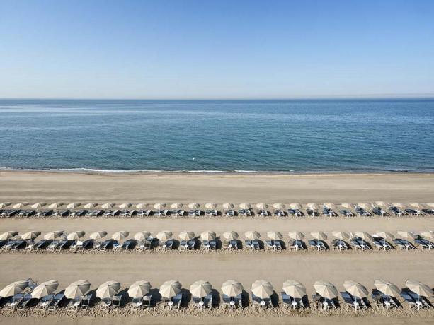 Hotel4stelle fronte mare con spiaggia privata Latina