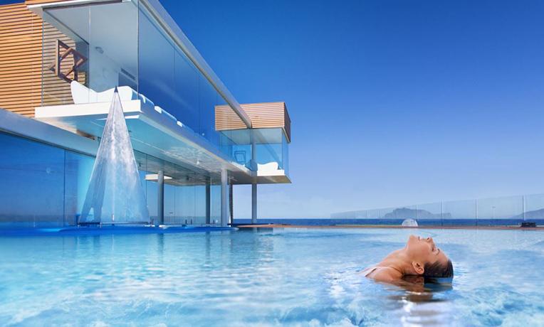 Resort con Benessere e Talassoterapia fronte Mare