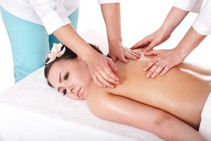 Massaggio relax a quattro mani
