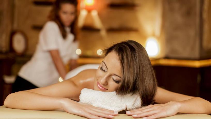 Hotel con centro benessere + massaggi a Molveno
