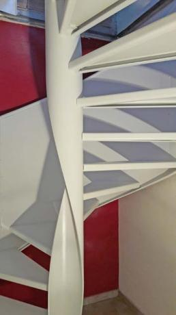 s100 architetto scale design toscana