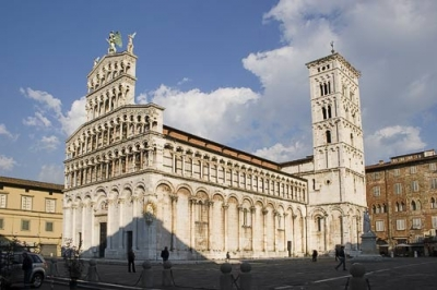 Cheap hotels in Lucca