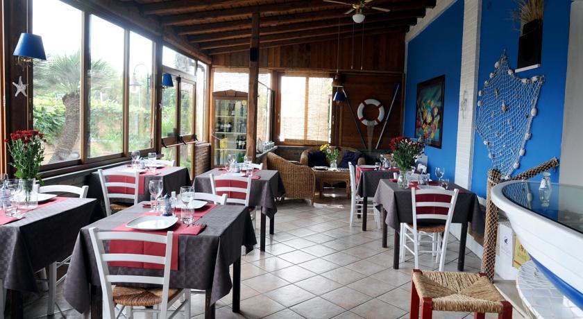 Sala colazioni ad Anzio; Visitare Zoomarine