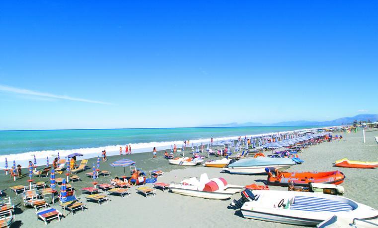 villaggio-discoteca-spiaggia-miniclub-calabria-marinadelcedro
