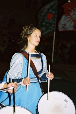 Tamburina durante corteo storico