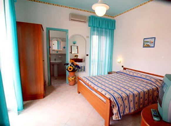Hotel3stelle al Centro di Palinuro-vicino al Porto