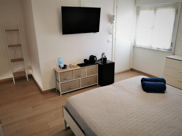 Camera matrimoniale deluxe con netflix hotel3stelle Igea-Marina