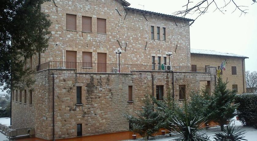 facciata esterna albergo