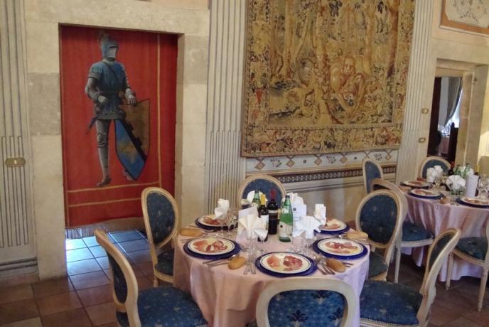 Bellissima sala per matrimoni