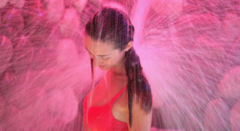 Cascata emozionale - Hotel, con piscina coperta