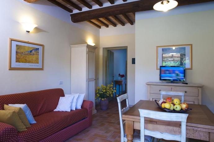 appartamenti con angolo cottura/tv e piscina