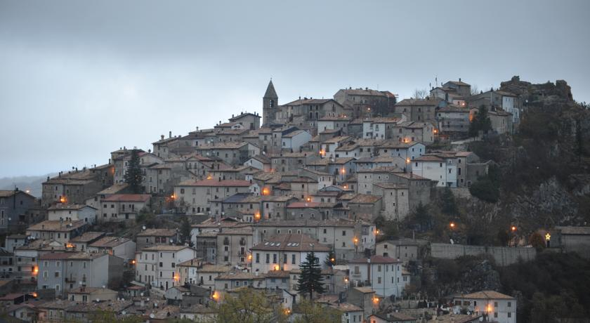 Belvedere Paesaggio Albergo**** Diffuso Rovere