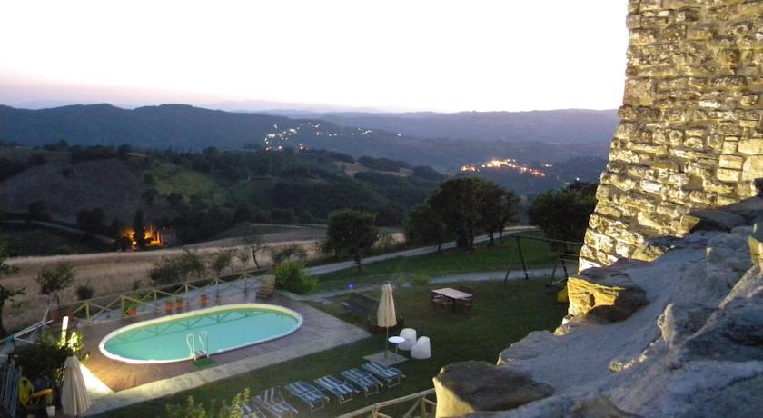 Piscina panoramica per soggiorni relax