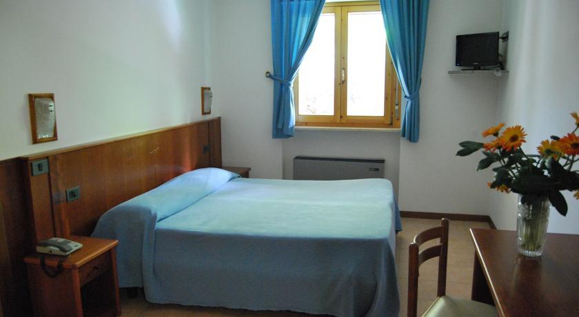 Camera da letto Family Room