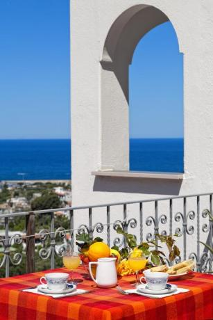 Camera con Balcone Hotel Ischia vista mare