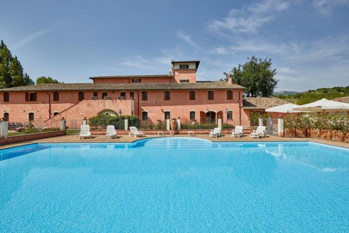 casale esclusivo gruppi 30 persone piscina-Umbria-Unciano