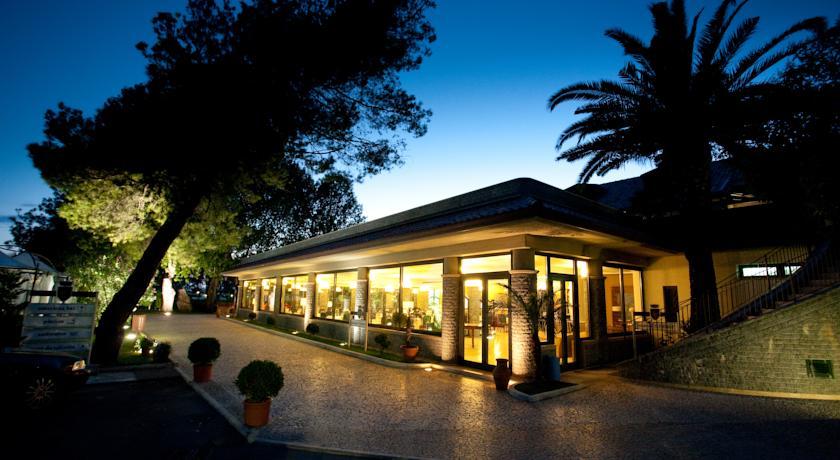 Hotel e Residence 4 stelle vicino Scalea