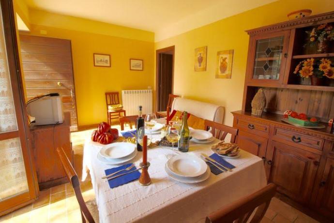 Soggiorno bilocale Orzo ad Apecchio vicino Urbino