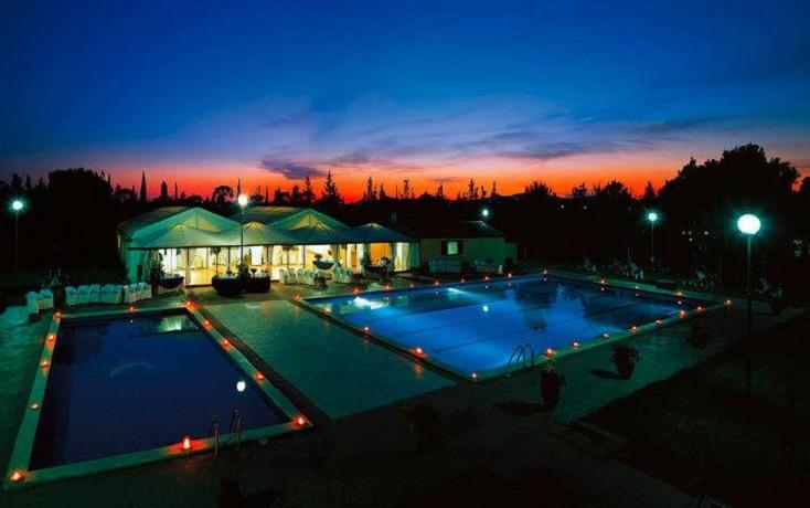 piscina-esterna-piscina-coperta-animazione-flp-resort-spa-wellness-principina-grosseto