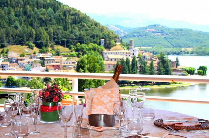 Panoramic stayings in Italy at Hotel Piediluco Lake