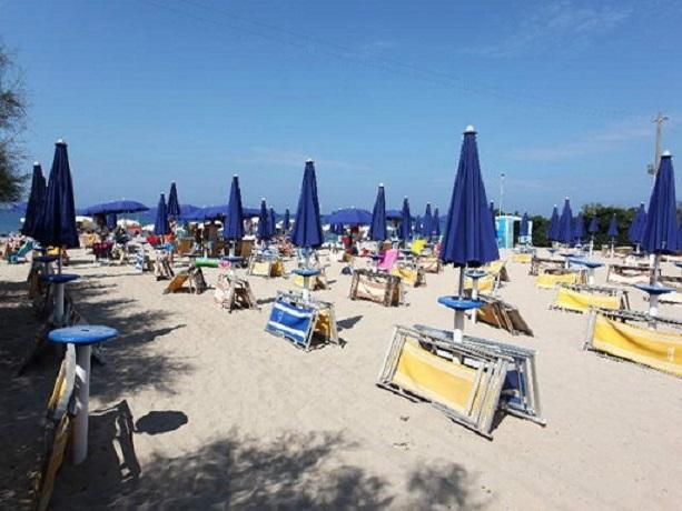 Spiaggia privata Villaggio Turistico Marina di Mancaversa