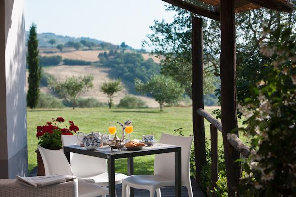 Colazione in Giardino in Relais a Todi Umbria