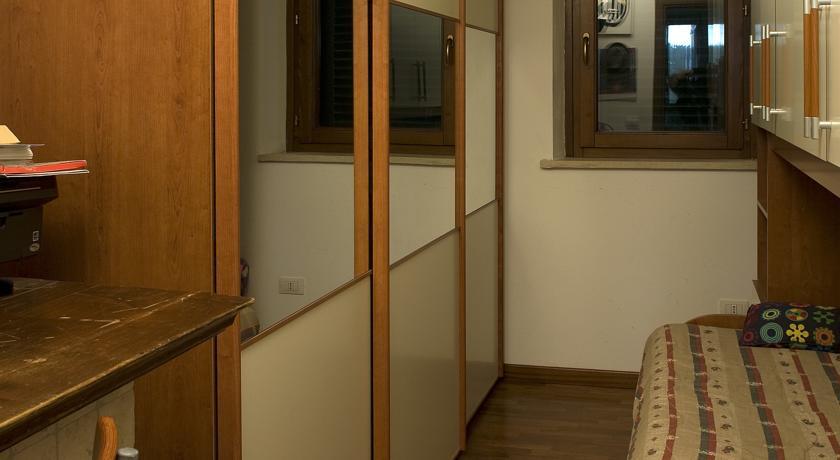 camera singola con letto a ponte
