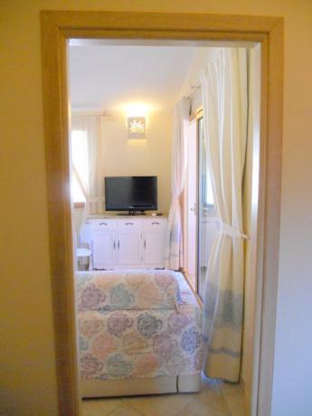 Appartamenti con salone e tv vicino Olbia