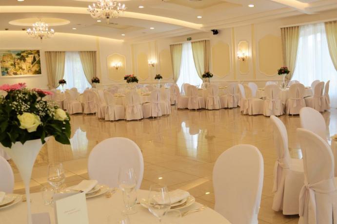 Sala ristorante Resort a Castellana Grotte
