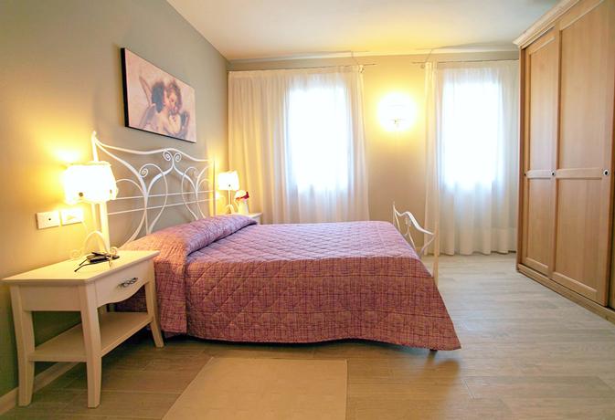 Alloggio 1- confortevole camera matrimoniale