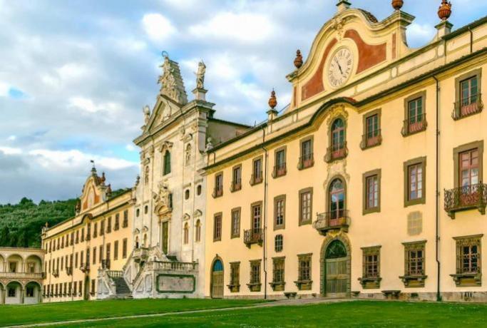 Dormire vicino Museo della Certosa: a 18km