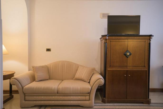 Accogliente salottino, zona relax, Salerno, hotel 4stelle
