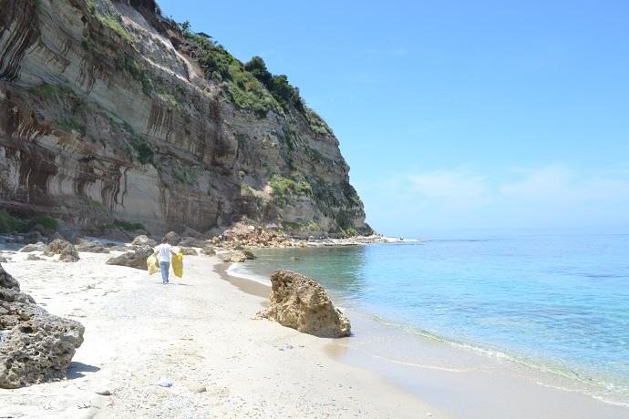 Albergo con Spiaggia Riservata e Piscina