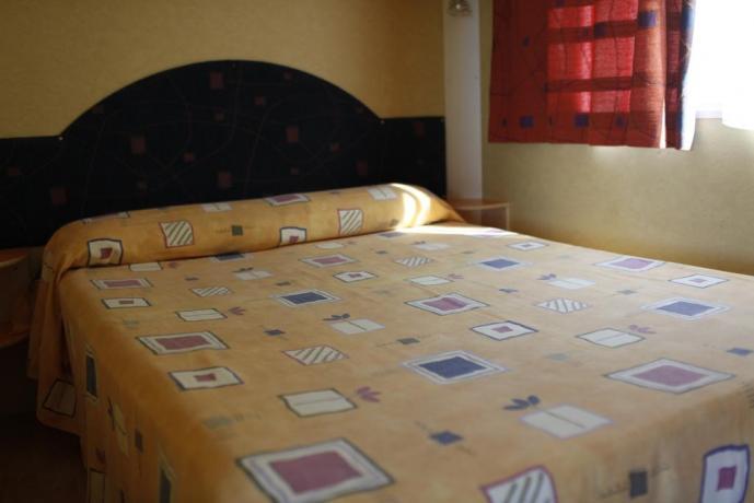Appartamento Palinuro Hotel con camera matrimoniale