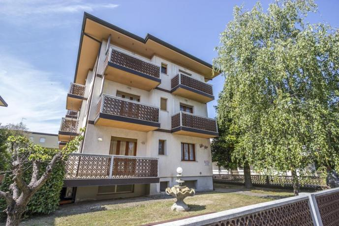 Villa Appartamenti 4/5/10 Persone vicino Mare Lignano
