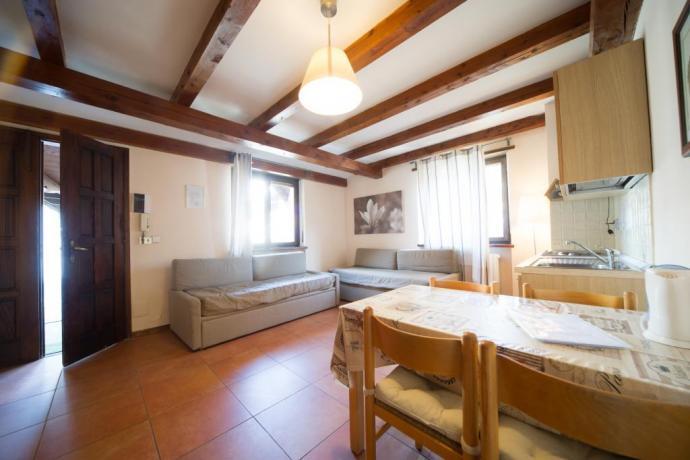 Casa-vacanze bilocale-classico cucina abitabile divani-letto Bardonecchia
