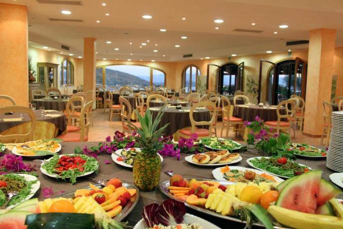 ristorante buffet ad olbia in hotel