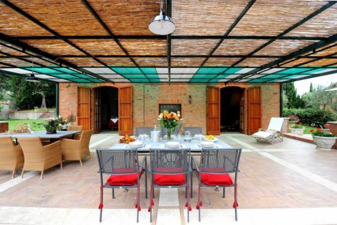 Villa vacanza 15/20/22 persone gruppi in Umbria