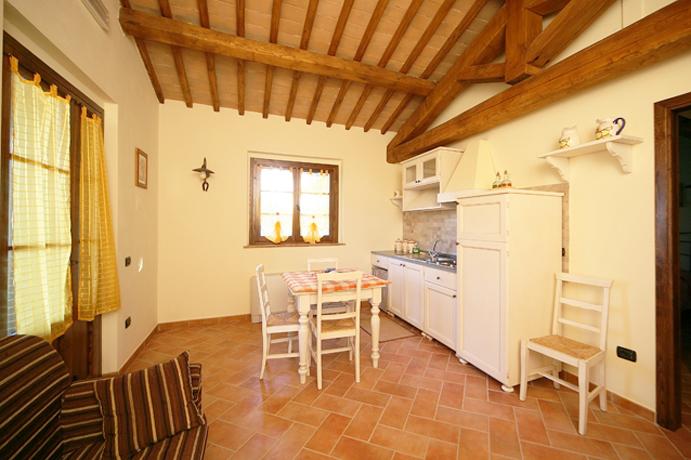 Casa Poggeri 2+4 con cucina, Montefiascone