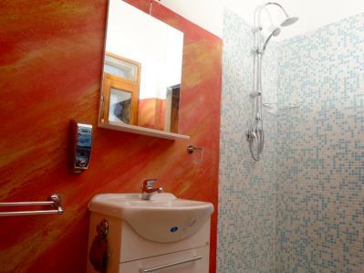 Bagno con doccia Camera Roma