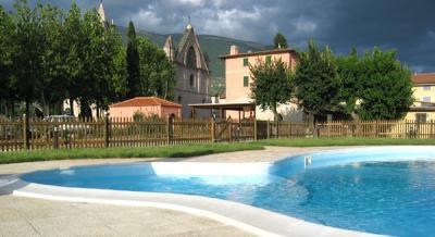 Agriturismo con piscina idromassaggio, Assisi