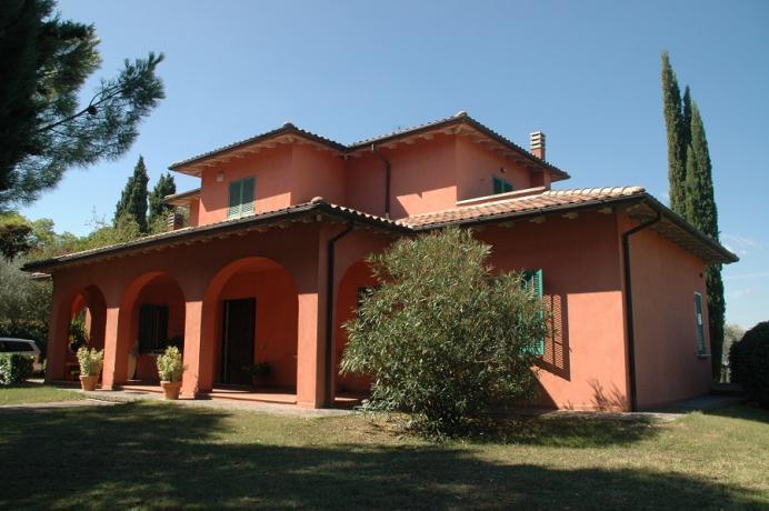 Prestigiosa Villa in Collina zona Residenziale 2km-centro-storico