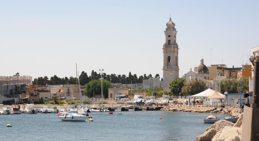 Vacanze a Mola di Bari a prezzi bassi