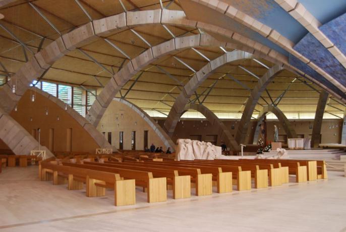 Camere vicino Santuario Padre Pio in Puglia