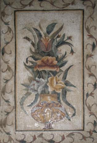 Tavoli da giardino in marmo e ferro battuto musivarius marmi e mosaici realizzati a mano - Mosaico per esterno ...